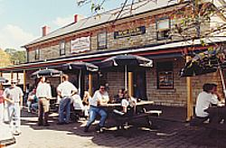 Surveyor General Inn - Accommodation Melbourne
