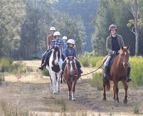 Horse Riding at Oaks Ranch and Country Club - Accommodation Melbourne