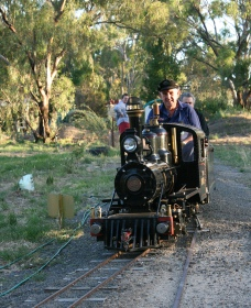 Jerilderie Steam Rail and Heritage Club Inc - Accommodation Melbourne