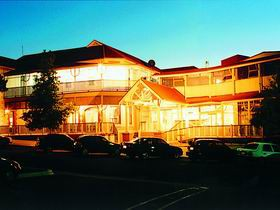 Loxton Community Hotel Motel - Accommodation Melbourne