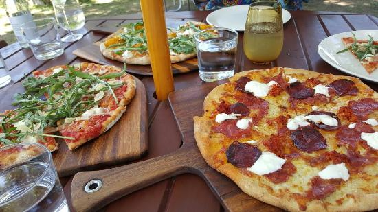Bank Street Wood Fired Pizza and Gardens - Accommodation Melbourne