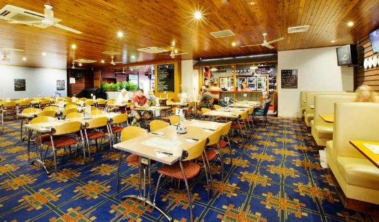 Coutts Commercial Tavern - Accommodation Melbourne