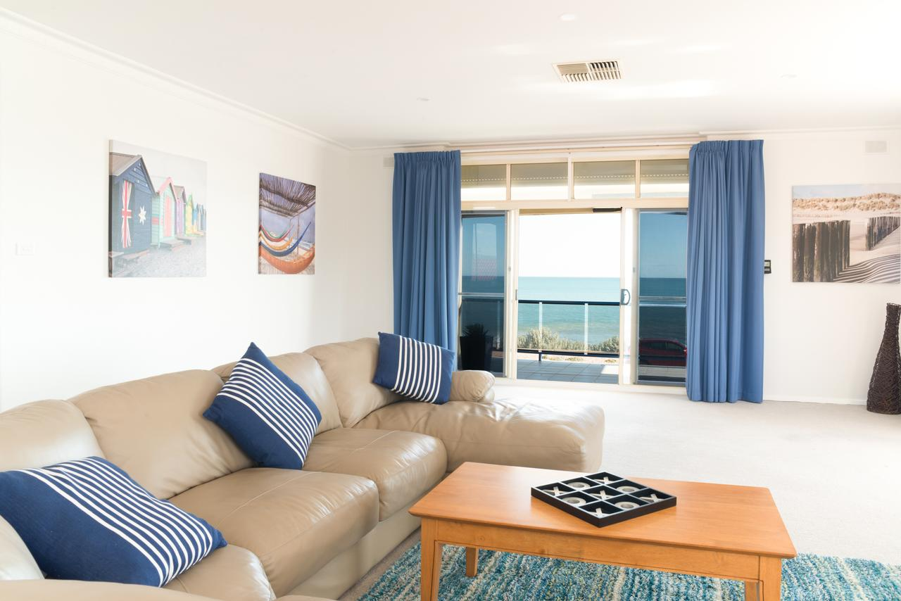 Seaview Sunset Holiday Apartments - Accommodation Melbourne