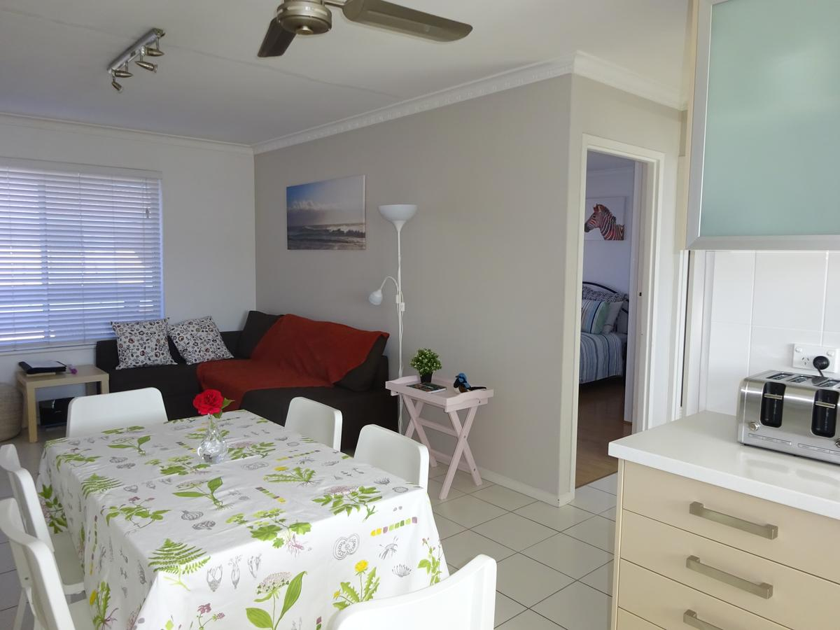 Selene Holiday Apartment West Beach - Accommodation Melbourne