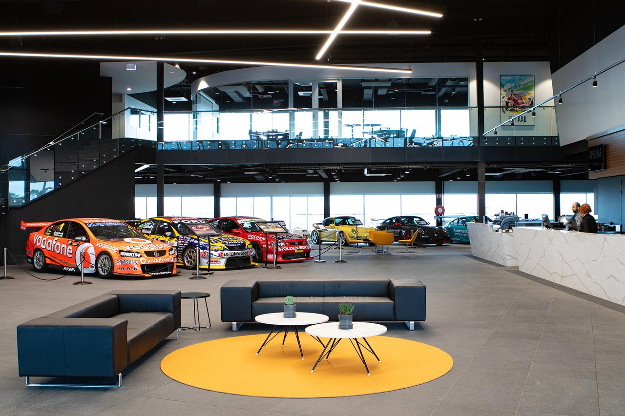 Rydges Pit Lane - Accommodation Melbourne