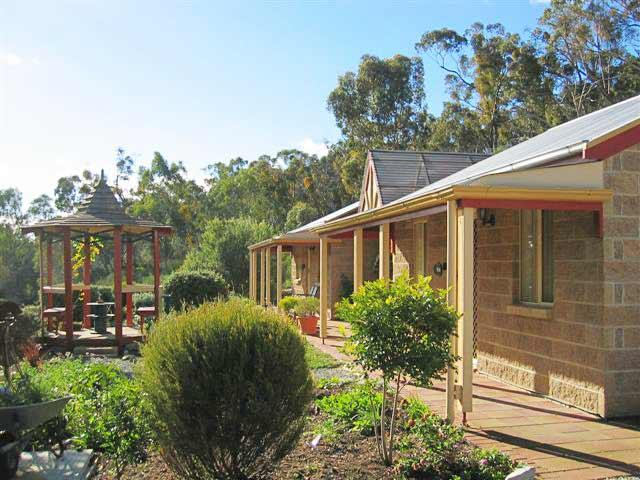 Riesling Trail  Clare Valley Cottages - Accommodation Melbourne