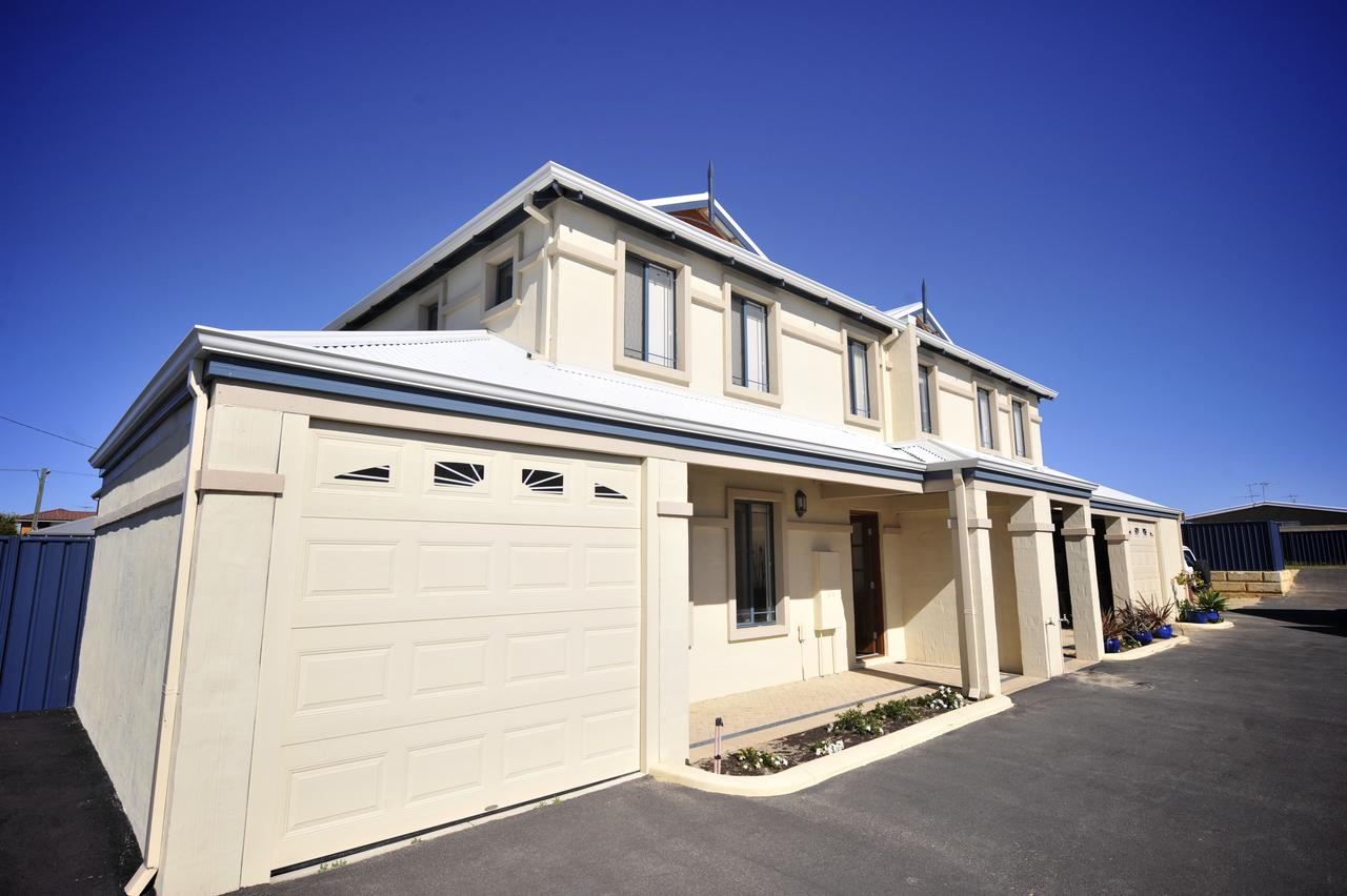 Palm Beach Manor - Accommodation Melbourne