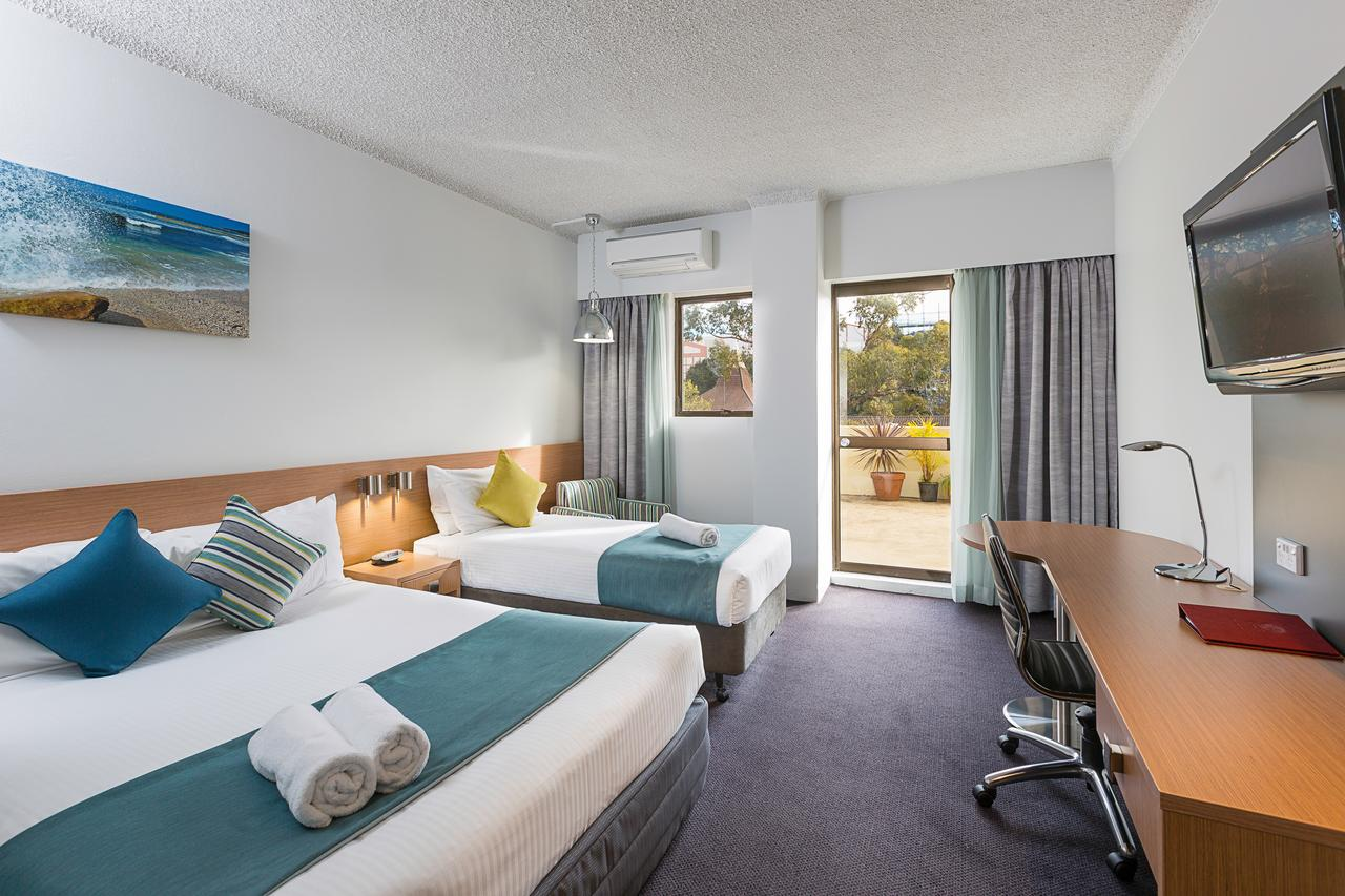 Metro Hotel Miranda - Accommodation Melbourne