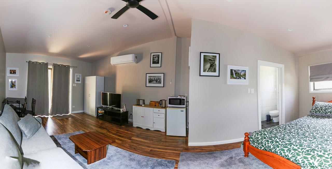 Pound Creek Gallery - Accommodation Melbourne