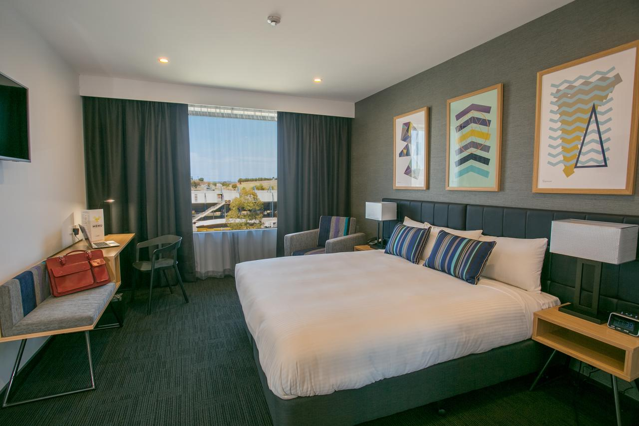 Alpha Hotel Eastern Creek - Accommodation Melbourne