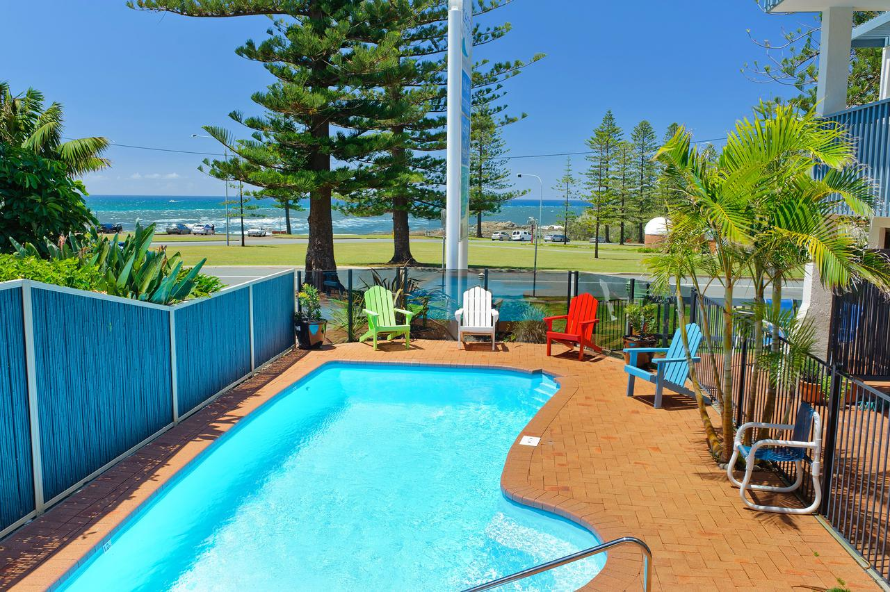 Beach House Holiday Apartments - Accommodation Melbourne