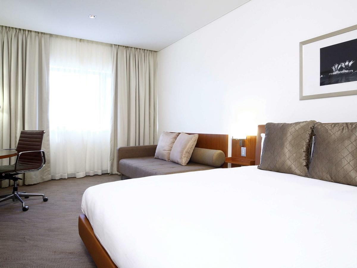 Novotel Canberra - Accommodation Melbourne