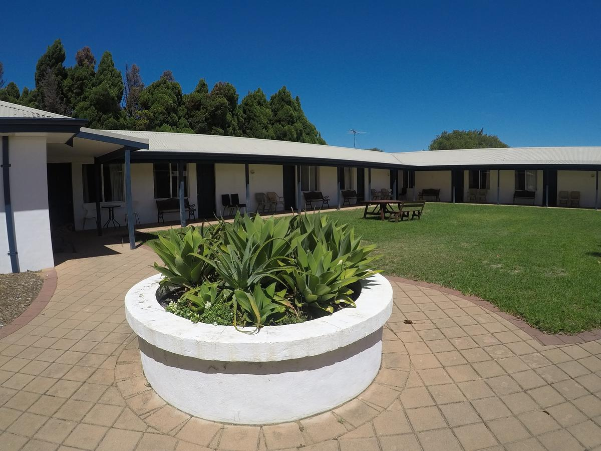 Busselton Ithaca Motel - Accommodation Melbourne