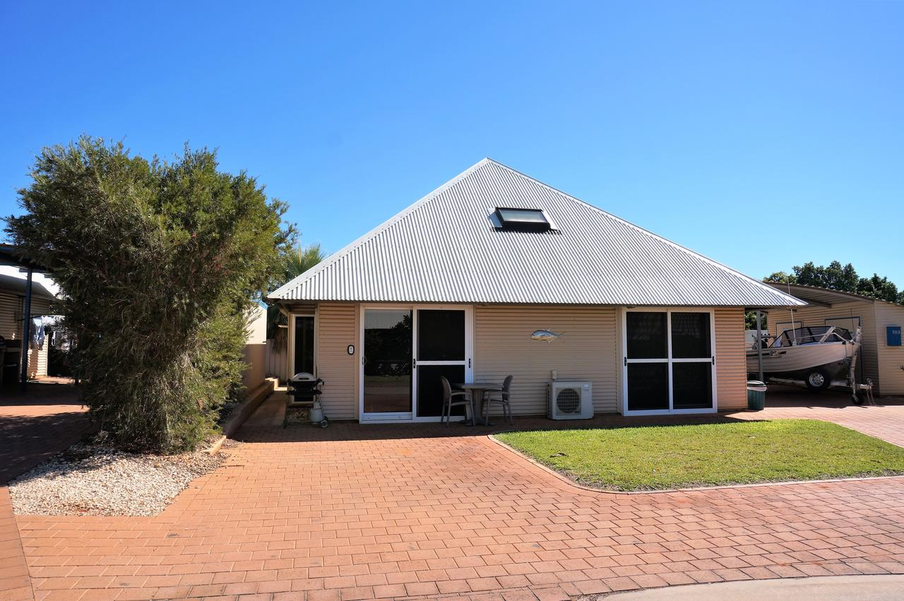 Osprey Holiday Village Unit 103/1 Bed - Perfect short stay apartment with King size bed - Accommodation Melbourne
