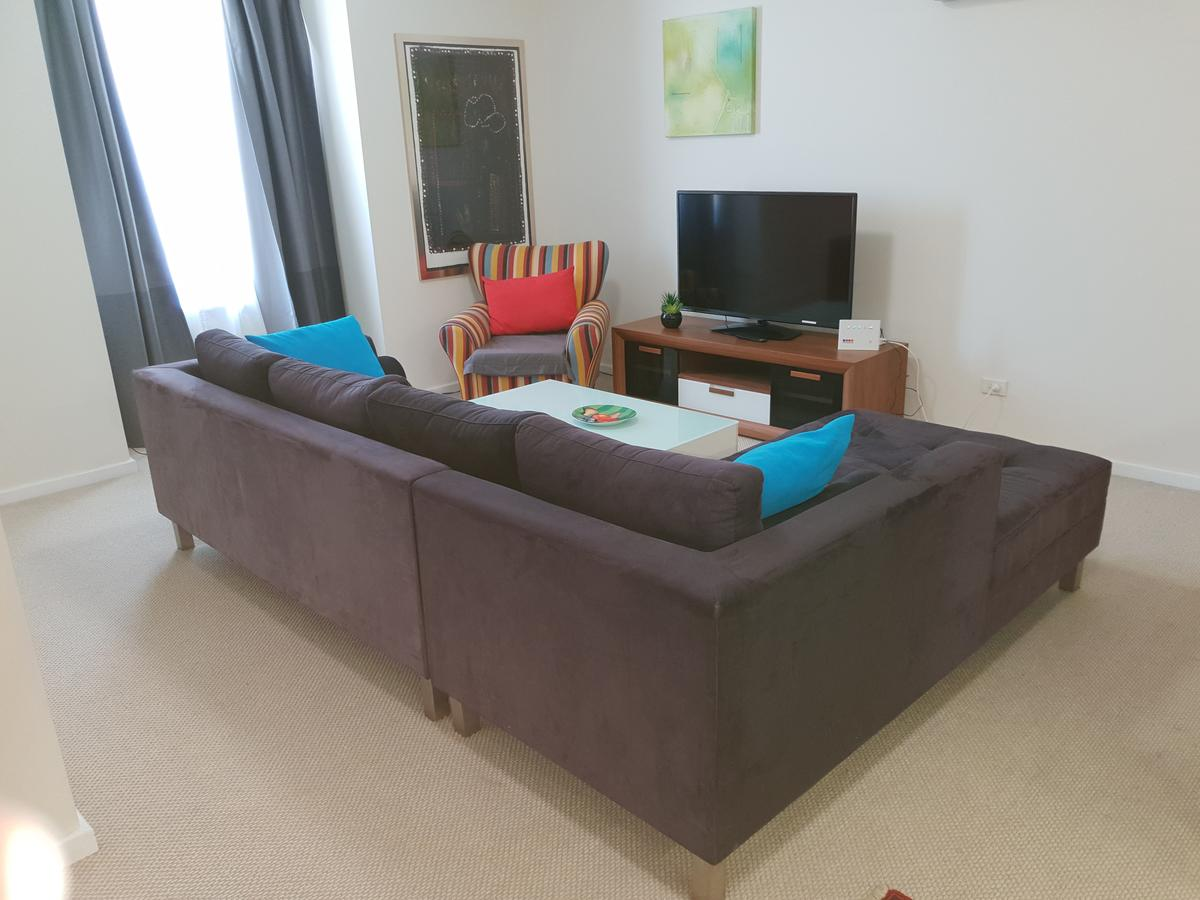 Superb 2 BR East Perth Riverside Apartment Location Comfort and Space 45 - Accommodation Melbourne