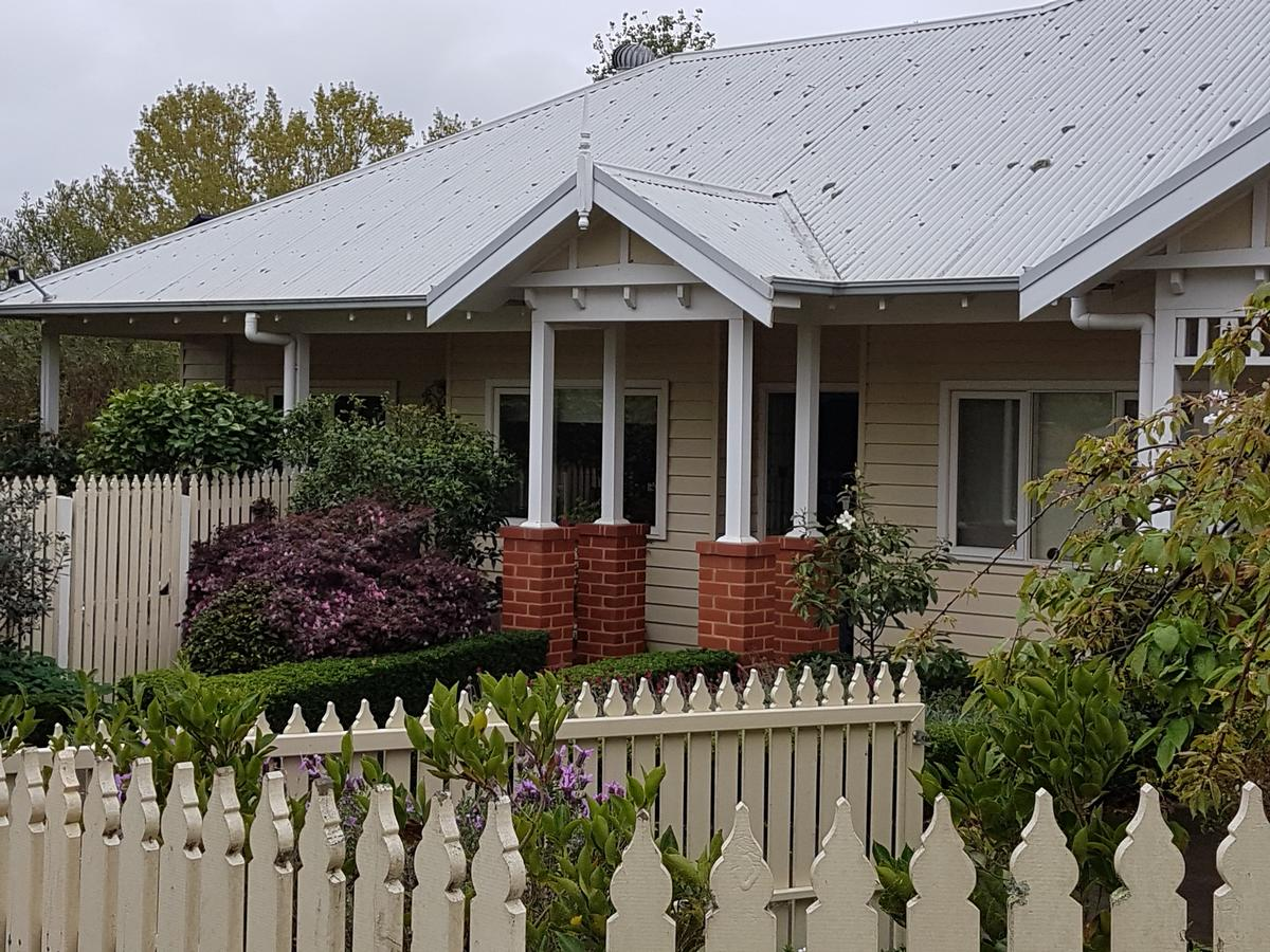 Healesville House - Fig Tree House - Accommodation Melbourne