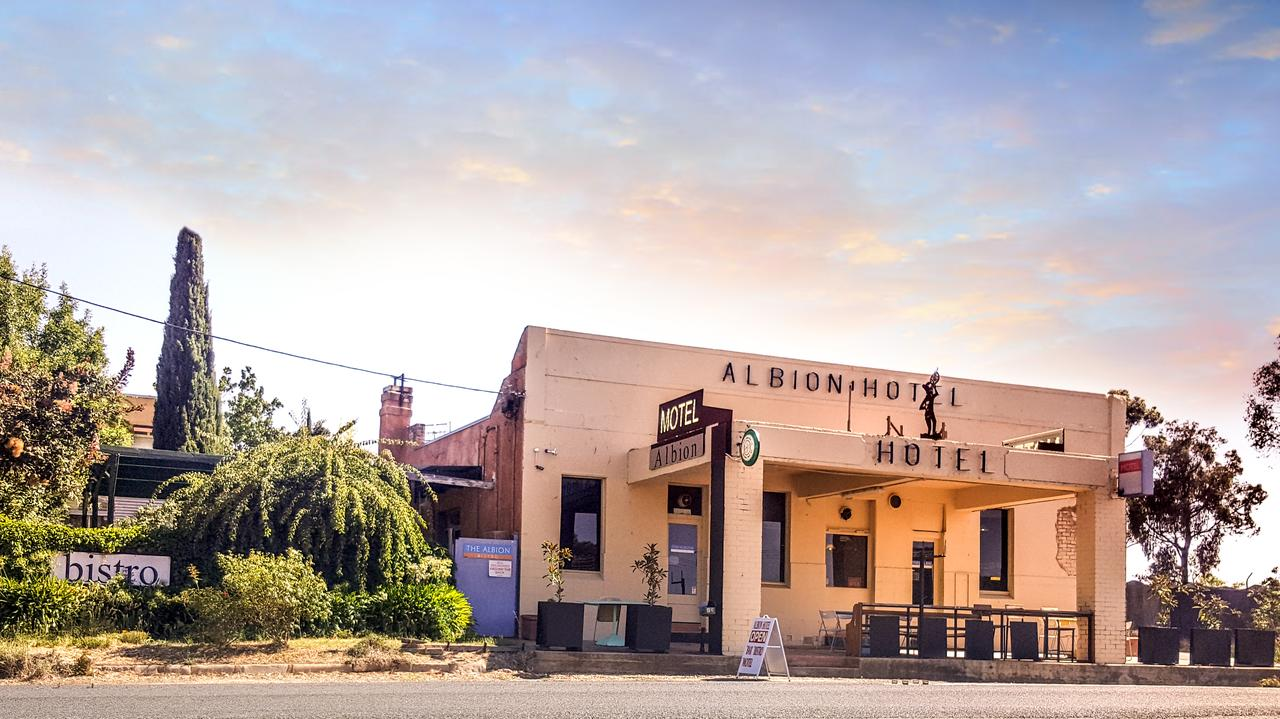 Albion Hotel and Motel Castlemaine - Accommodation Melbourne