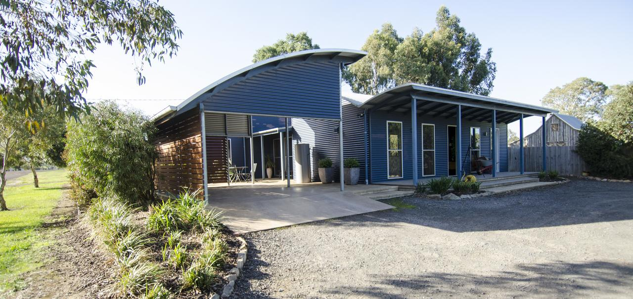 Corrugated Cottage - Accommodation Melbourne