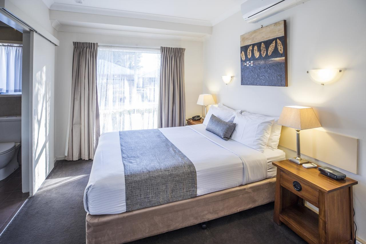 Emerald Maraboon Motor Inn - Accommodation Melbourne