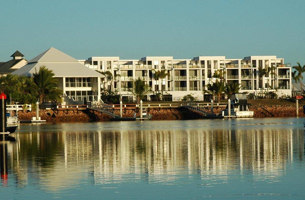 Hinchinbrook Holiday Apartments - Accommodation Melbourne