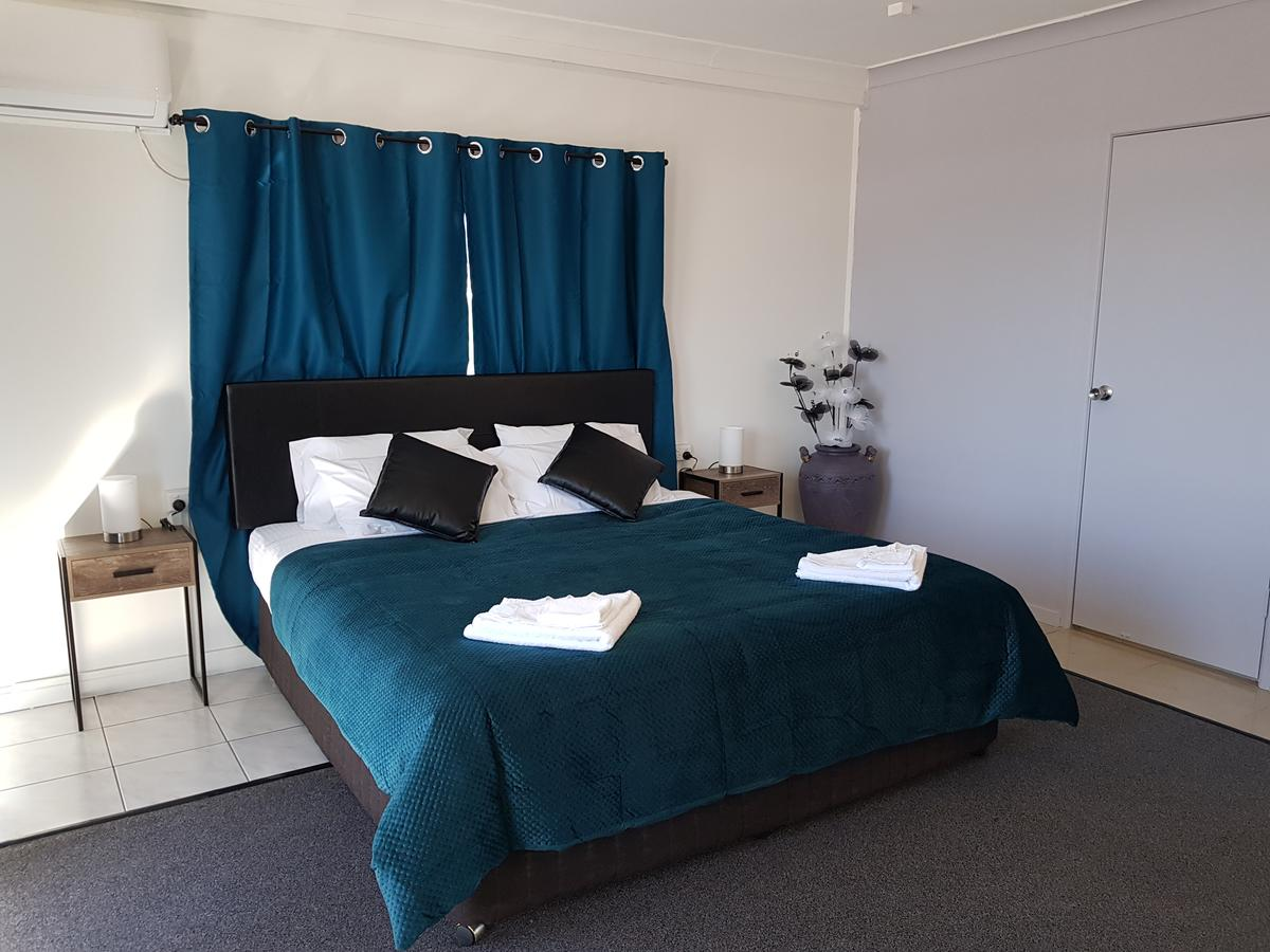 The Q Motel Rockhampton - Accommodation Melbourne